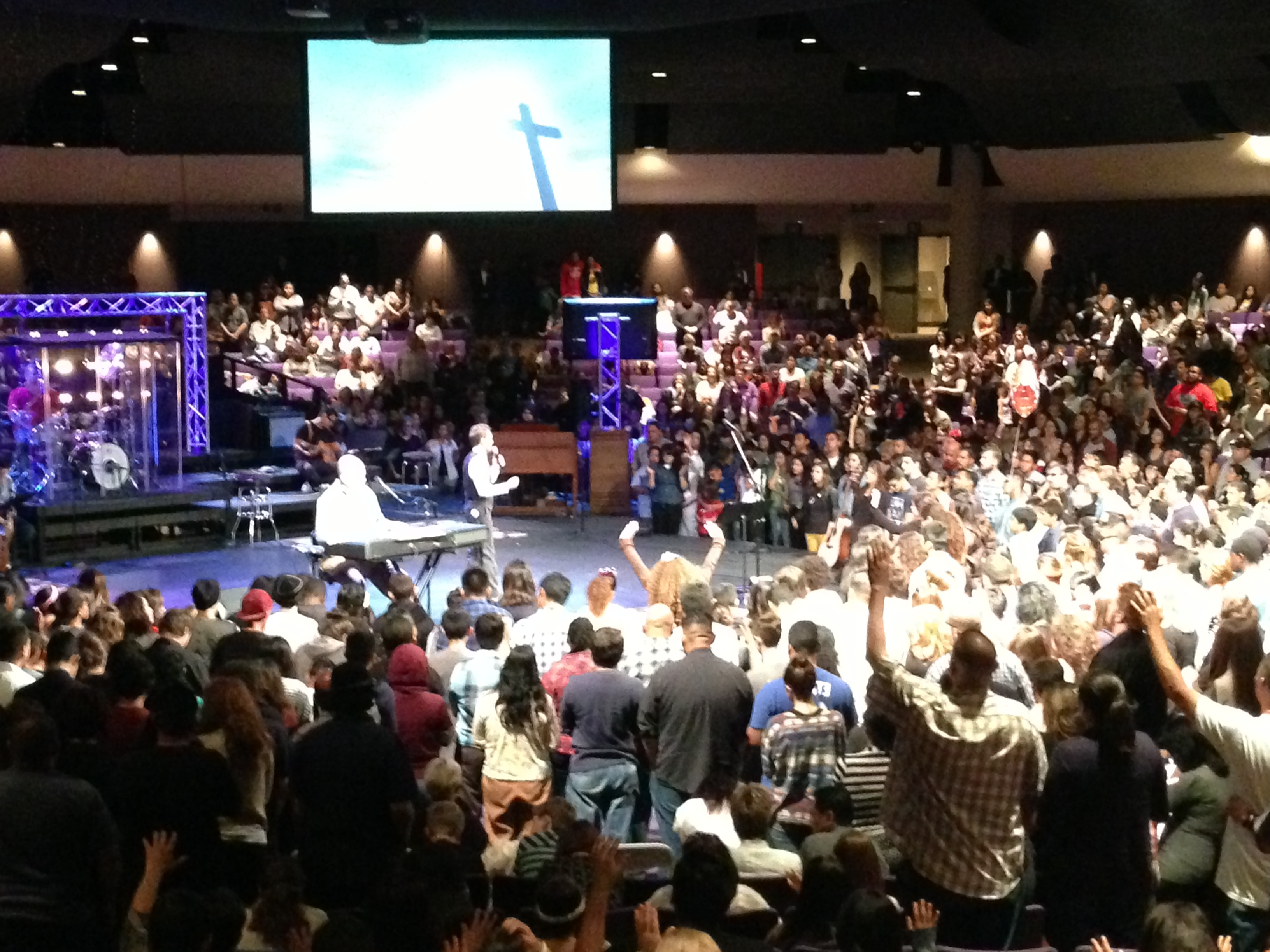 Over 300 turn to Christ in Anaheim, California